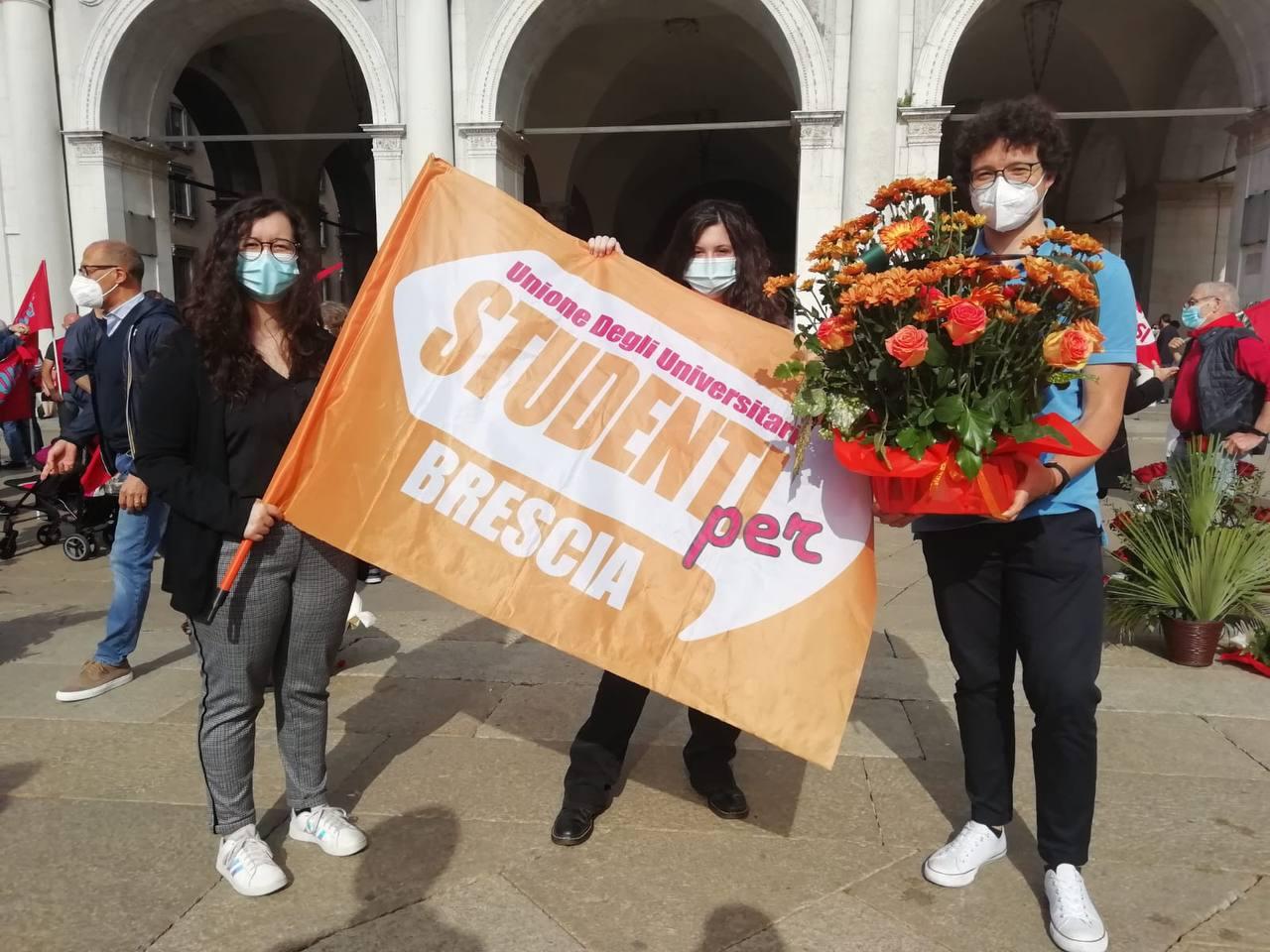 28 maggio: Studenti Per in Piazza Loggia per ricordare le vittime della strage