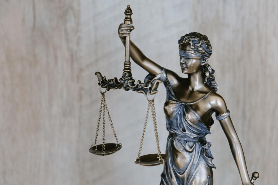 VITTORIA! Ottenuta la divisione di Diritto Privato a Giurisprudenza